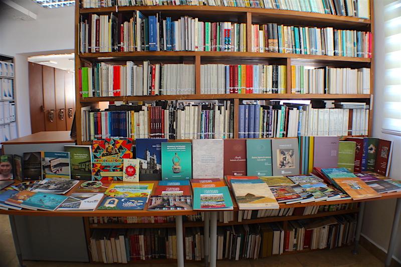Dirección de Transferencia del Conocimiento/biblioteca centro de documentación